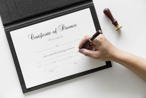 signing a certificate of divorce